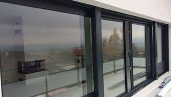 aluglass-ameliorer-renover-reparer-menuiserie-acier-aluminium-metallerie-serrurerie-vitrerie-vitres-350x200