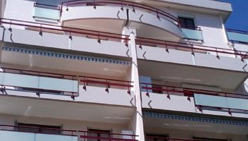 aluglass-ameliorer-renover-reparer-menuiserie-acier-aluminium-metallerie-serrurerie-vitrerie-garde-corps-10-350x200