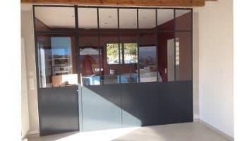 aluglass-vitrerie-metallerie-serrurerie-menuiserie-acier-aluminium-cloison-vitree-2-350x200