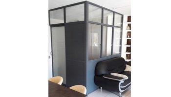 aluglass-vitrerie-metallerie-serrurerie-menuiserie-acier-aluminium-cloison-vitree-3-350x200