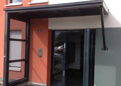 aluglass-ameliorer-renover-reparer-menuiserie-acier-aluminium-metallerie-serrurerie-vitrerie-auvent-1-1400x800