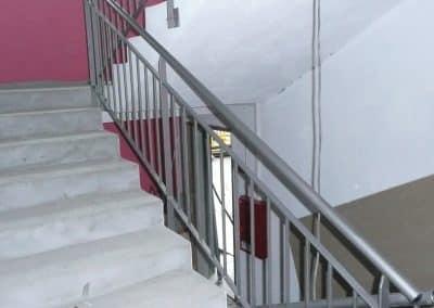 aluglass-ameliorer-renover-reparer-menuiserie-acier-aluminium-metallerie-serrurerie-vitrerie-main-courante-3-1400x800