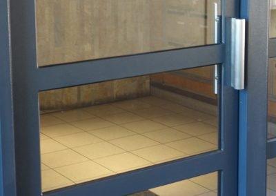 aluglass-ameliorer-renover-reparer-menuiserie-acier-aluminium-metallerie-serrurerie-vitrerie-porte-10-1400x800
